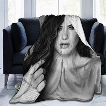 Demi Lovato Tell Me You Love Me Soft and Comfortable