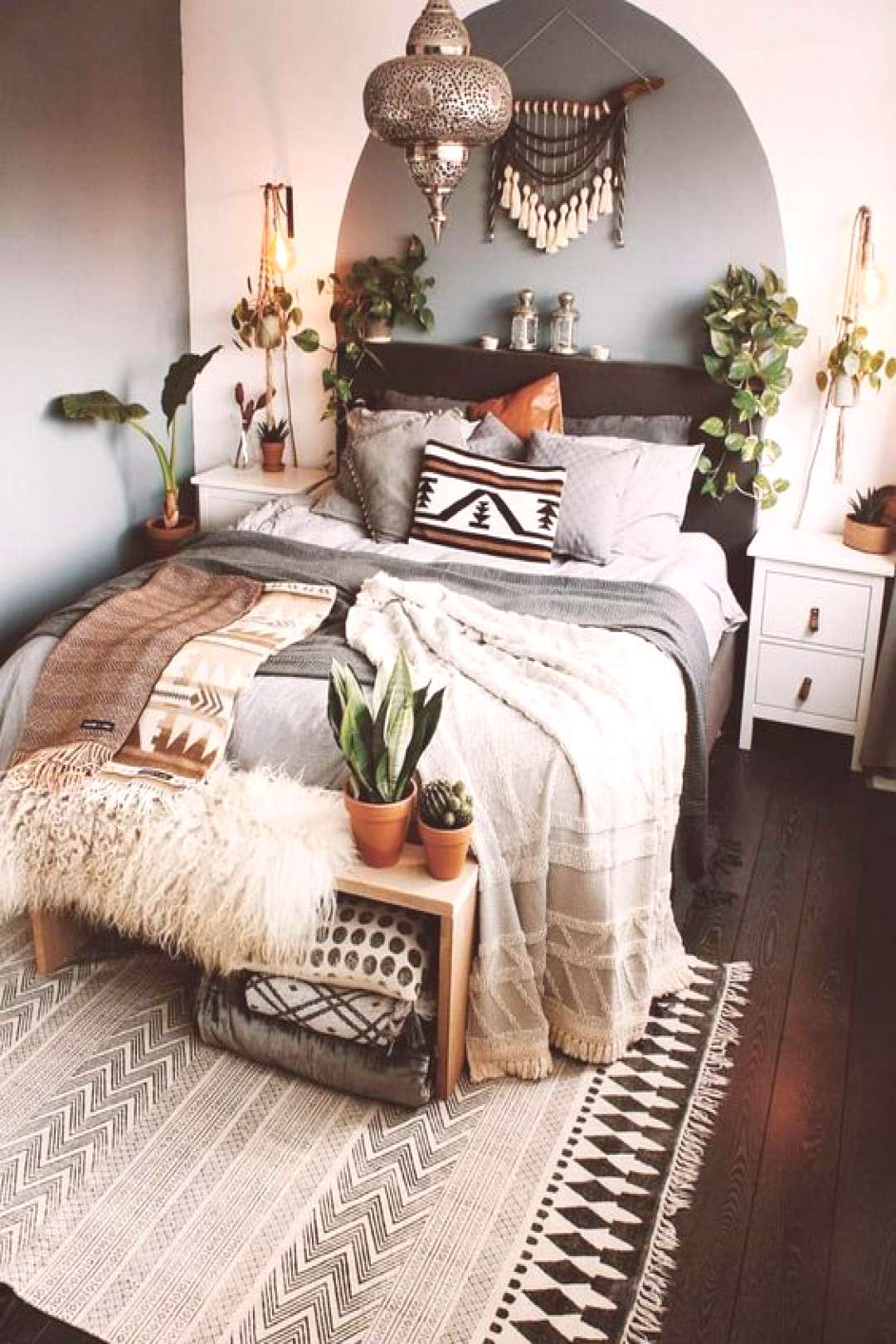 Wow, pure Bohemian living! A bedroom to dream beautiful The colors are a dream Furnish apartment  